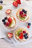 Tartelts with fresh fruit