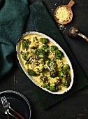 Creamy broccoli gratin with cheese