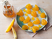 Turmeric fruit gummies with orange and ginger