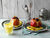 Turmeric baked apples with vanilla sauce