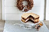 Chocolate cake with cinnamon (Christmas)