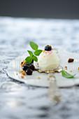 Ricotta ice cream with blueberries