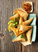 Shrimp samosas and chutney (India)