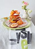 Pancakes mit Mandel-Aprikosen