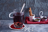 Glögg (mulled wine made with brandy and spices, Scandinavia)