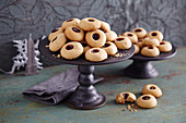 Peanut butter thumbprint cookies (Christmas biscuits, USA)