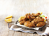 Chicken wings with lemon
