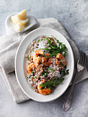 Buckwheat risotto with prawns and rocket