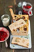 Fleischpastete mit Pilzen und Cranberrykompott