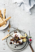 Baked brie with caramelised onions and pistachios