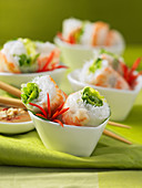 Shrimp and mint cold rolls (Vietnam)