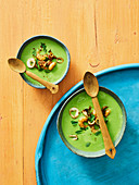 Creamy pea soup with seafood (New Zealand)