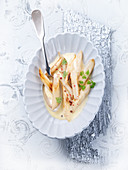 Black salsify in cream sauce (Christmas)