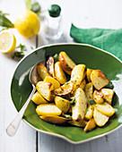Zitronen-Kartoffeln aus dem Ofen