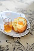 Brioche with quince jelly