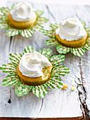 Vanille-Cupcakes mit Vanillefrosting (glutenfrei)
