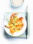 Curried prawns with rice
