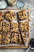 Cereal bars with raspberries and coconut