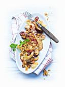 Lauwarmer Chinakohlsalat mit Austernpilzen und Champignons