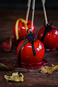 Tempting toffee apples