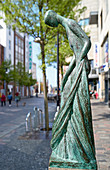 Bronze sculpture 'Der Fluss' (The River) by Dorothea Maroske, Rostock, Germany