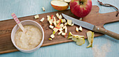 Apple and grain porridge