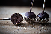 Chocolate cake pops with sea salt and sesame seeds (vegan)
