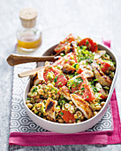 Tabbouleh with grilled chicken, tomatoes and legumes