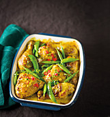 Baked chicken with turmeric and coconut
