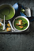 Spinach soup with feta croutons