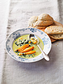 Chard soup with white bread