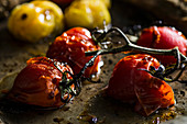 Roasted tomatoes (close up)