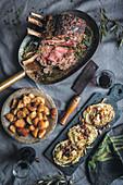 Rinderbraten mit Bratkartoffeln und Weisskohlsteaks
