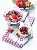 Berry and mascarpone spread