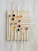 Pulses on wooden spoons