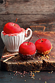 Grilled sugar-coated apples