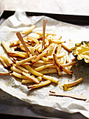 Parsnip chips with a curry and apple dip