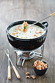 Cream cheese fondue with shrimps