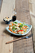 Stir-fried vegetables with beansprouts and tofu