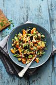 Oriental aubergine salad with quinoa