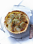 Onion tart with thyme