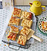 Butter-Mandel-Kuchen mit Streuseln