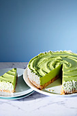 Avocado and lime cake (trend from the 2010s)