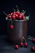 Fresh sweet cherries (prunus avium)