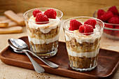 Tiramisu with overnight oats and raspberries