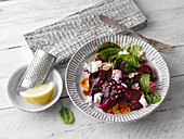 Beetroot salad with spinach and sheep's cheese