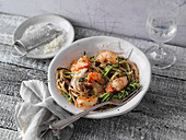 Prawns with courgette noodles
