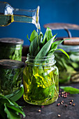 Preserved wild garlic