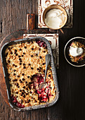 Dump cake with apples and berries