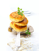 Chervil and potato cakes